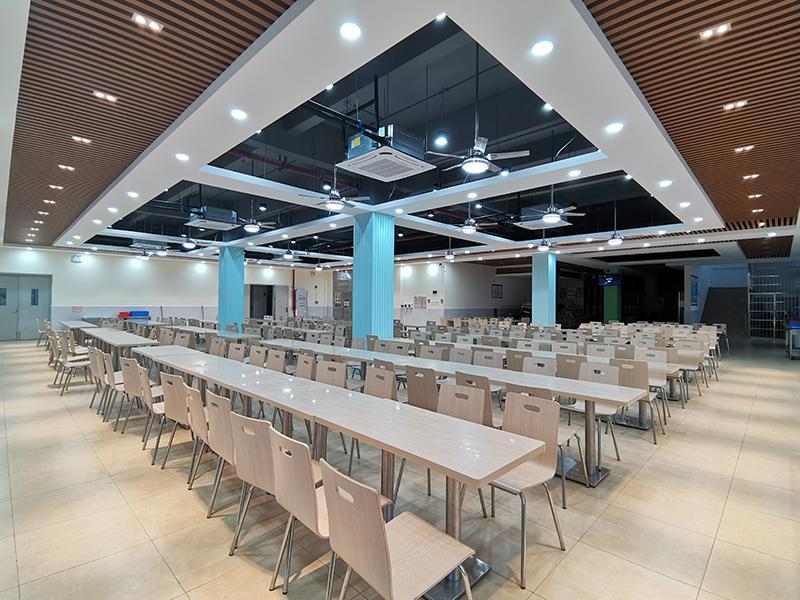 广州华贸学院白云校区第一食堂万博彩票手机app下载项目